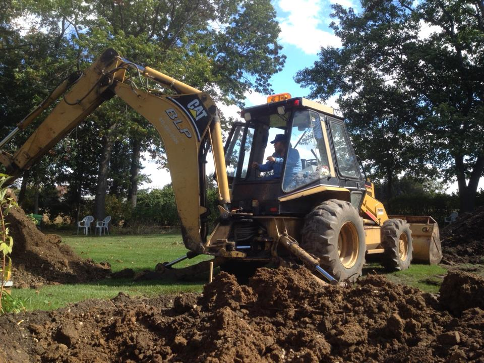 Moving Topsoil 7 - Using our BLP excavators to move topsoil.